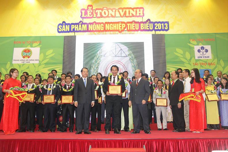 le-ton-vinh-san-pham-nong-nghiep-tieu-bieu-nam-2013